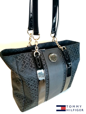 TOMMY HILFIGER Monogram  Black and Black Jacquard Tote