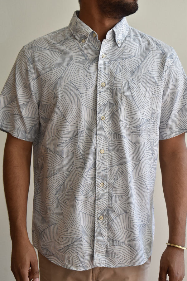 Faherty Short Sleeved Playa Shirt Ivory Leaf Print