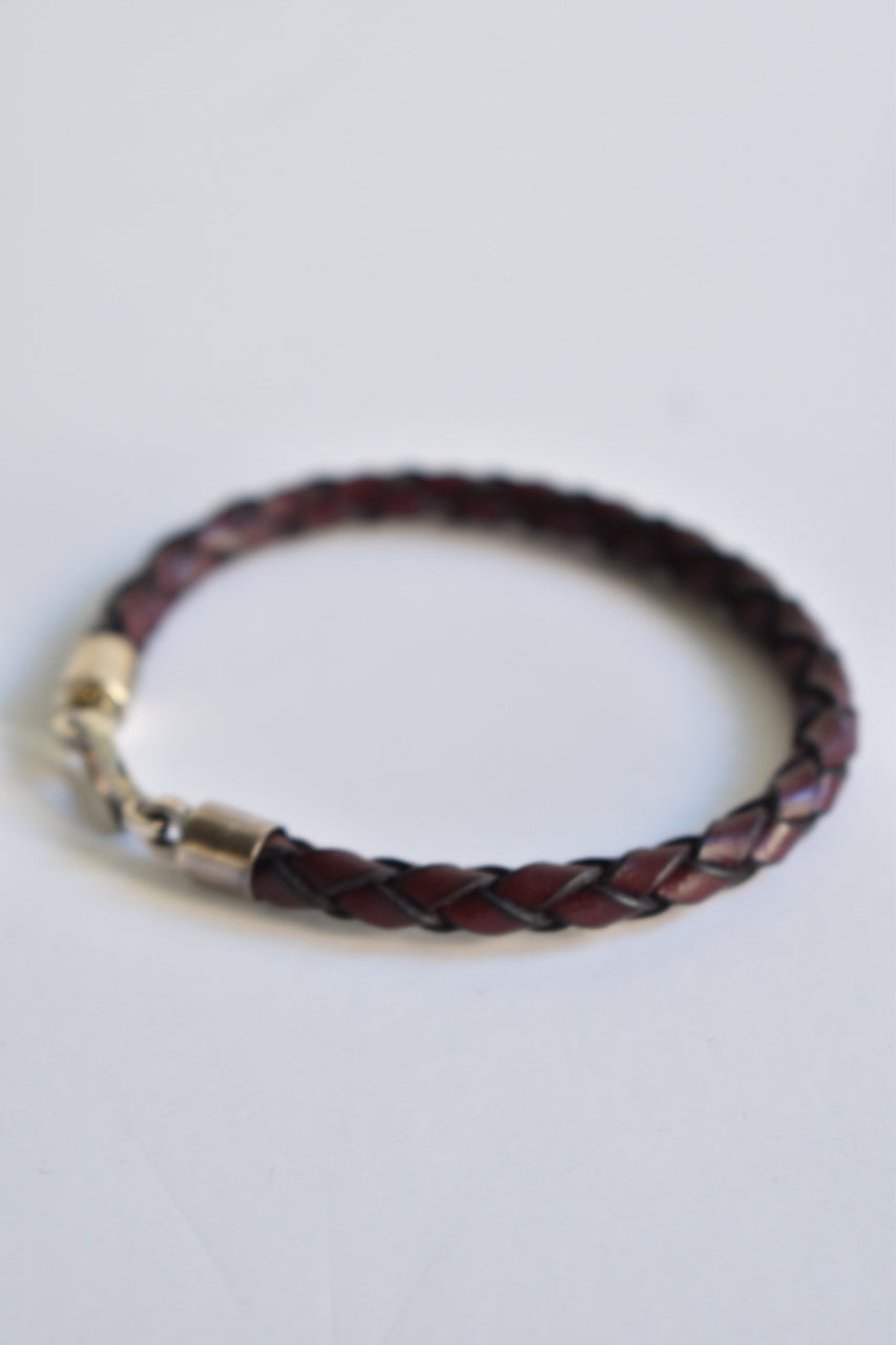 Caputo & Co. Italian Braided Silver Hook Bracelet