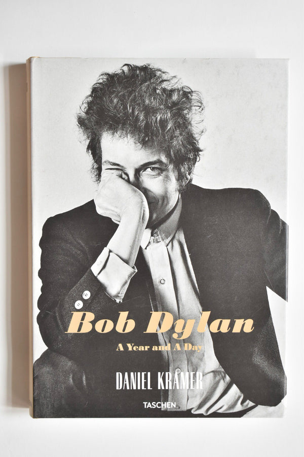 Daniel Kramer. Bob Dylan: A Year and a Day