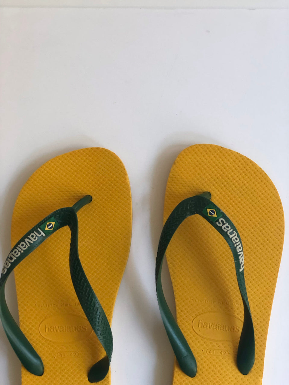 Havaianas Brazil Logo Sandal- Multiple Colors