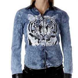 CIPO & BAXX BLOUSE LONG SLEEVE DENIM WITH EMBELLISHED TIGER & FAUX LEATHER CUFF AND COLLAR, BLUE
