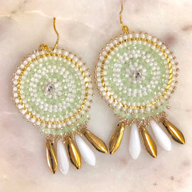 BBE HOOPS DANGLING EARRINGS, WHITE & GOLD