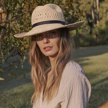 SARAH J CURTIS PANAMA HAT, FIT FOR TRAVEL, STRAW & BLACK RIBBON