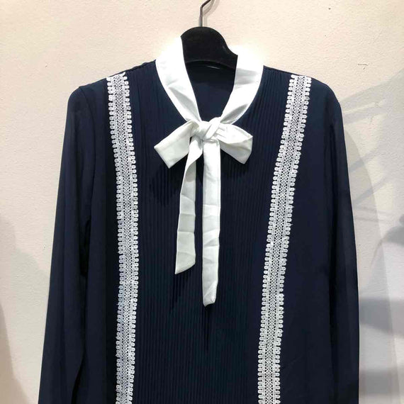 KEEP' N WEAR - PARIS  BLOUSE W PLEATED EFFECT & LACE DETAILS, LONG SLEEVE TIE NECK, NAVY