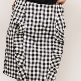 EIGHT PARIS GINGHAM STRAIGHT SKIRT WITH FRILL DETAIL, BLACK & WHITE
