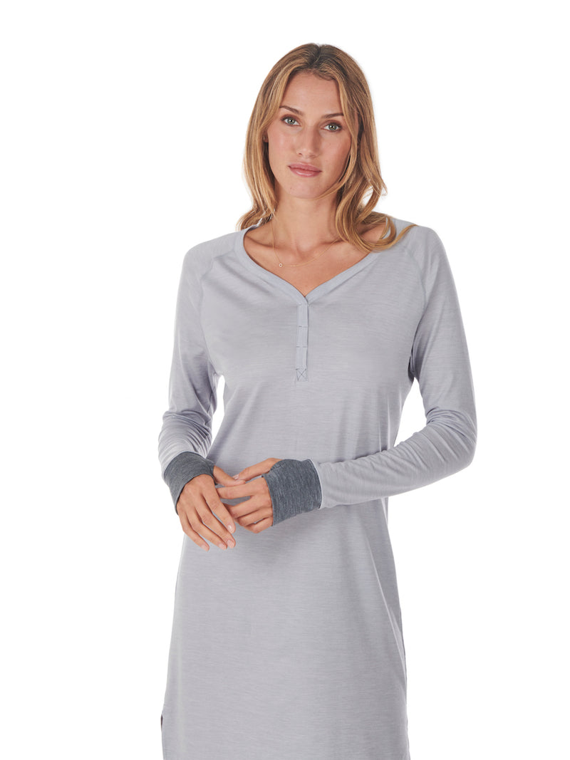 SLEEPDRESS LIGHT GREY DAGSMEJAN CLOSE-UP