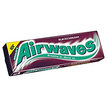 Airwaves Blackcurrant Chewing Gum 14g.