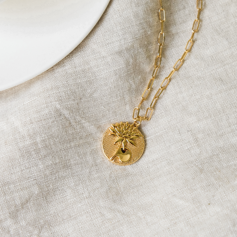 July Birthflower Necklace - Lily Lotus