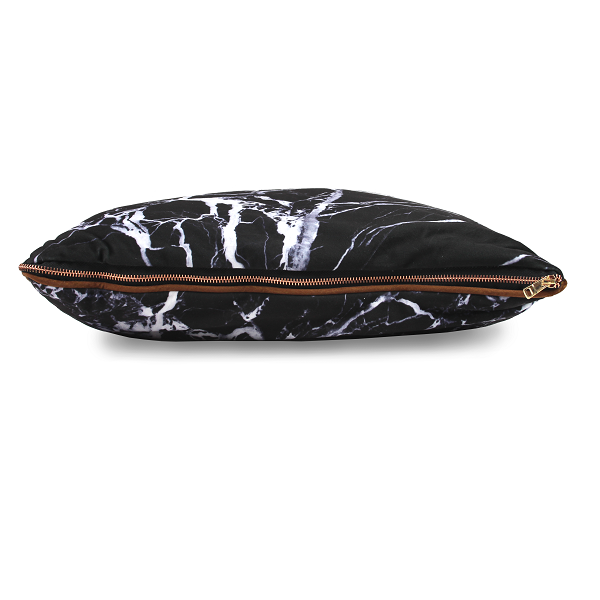imoha plaid pillow black marble sierkussen