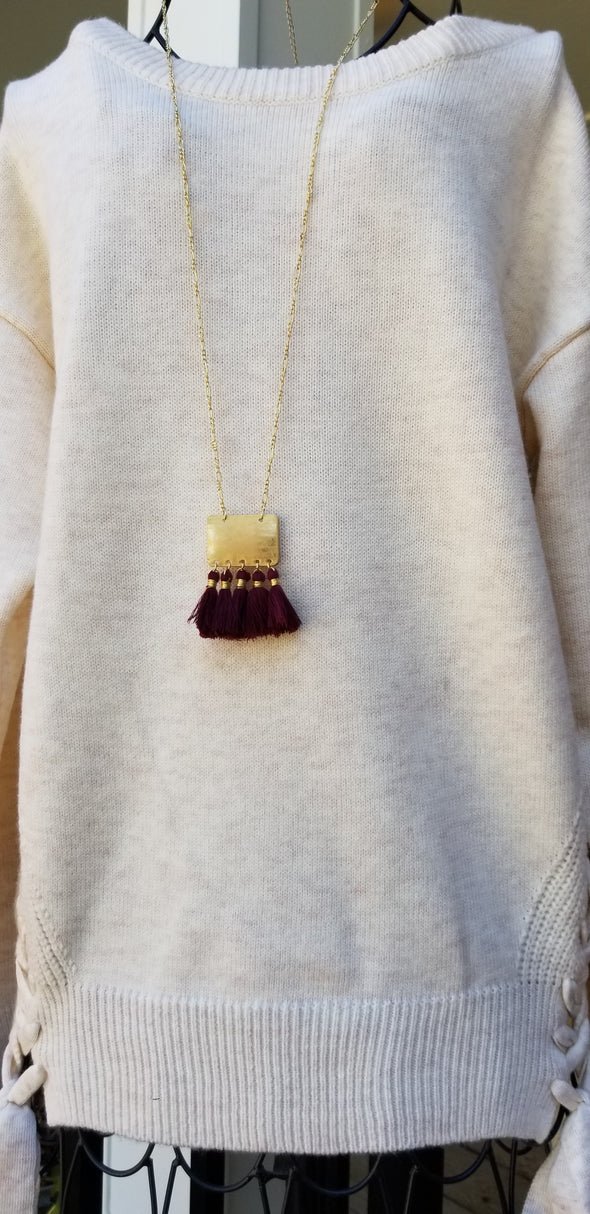 Maroon Square Gold Metal Chain Necklace