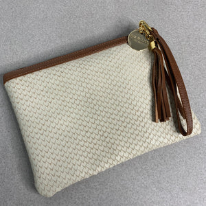 SCALE LEATHER EVERYDAY SMALL CLUTCH - CREAM