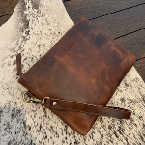 LEATHER CLUTCH -  REDISH BROWN