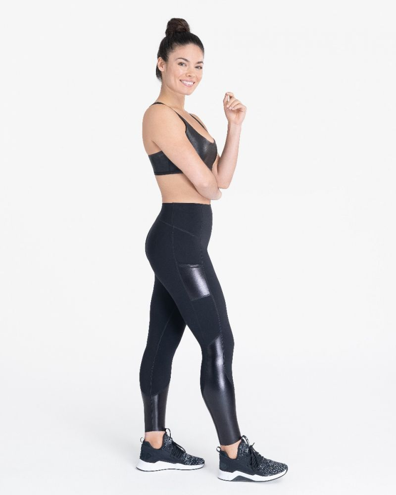 Every.Wear Gloss Panel Pocket Leggings