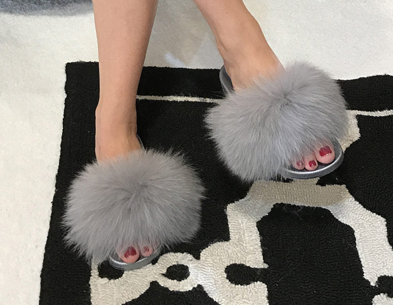 Kiki Slide Slippers