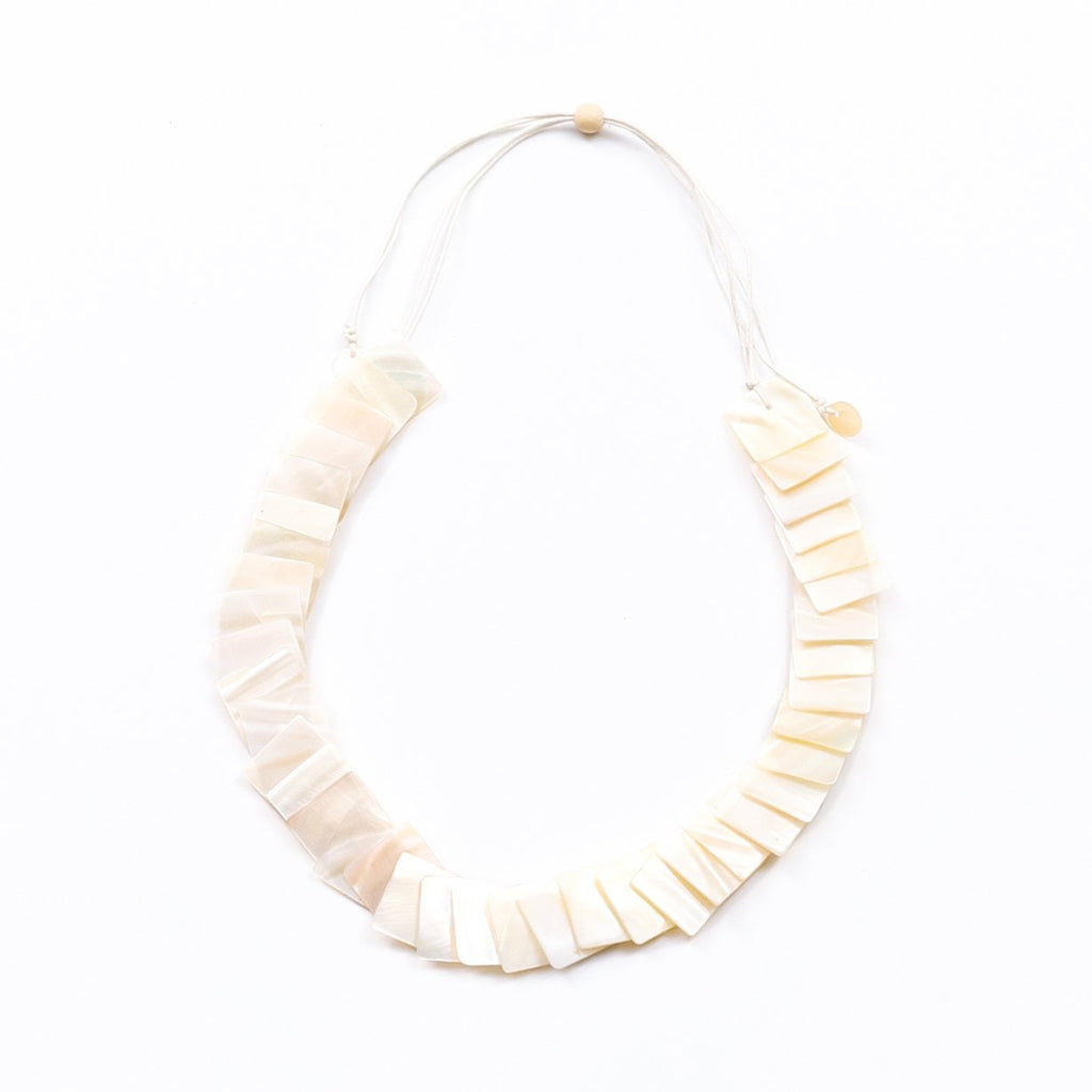 Mother of Pearl Playa Necklace