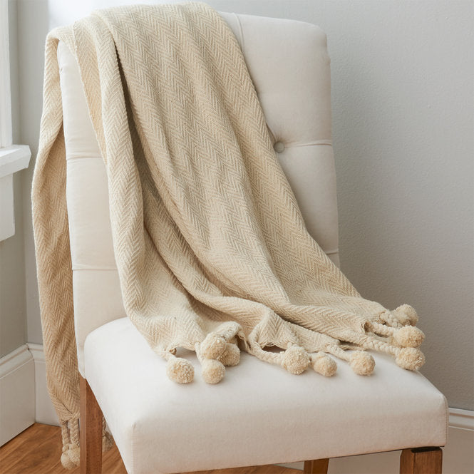 Cotton Throw with Pom Pom
