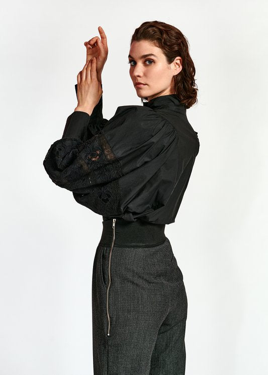 Witching Puff Sleeve Shirt