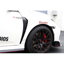 Load image into Gallery viewer, APR Performance Fender Vents Honda Civic Type R 17-20