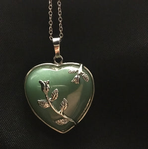 Jade Heart Pendant - Oils & More By Jodie