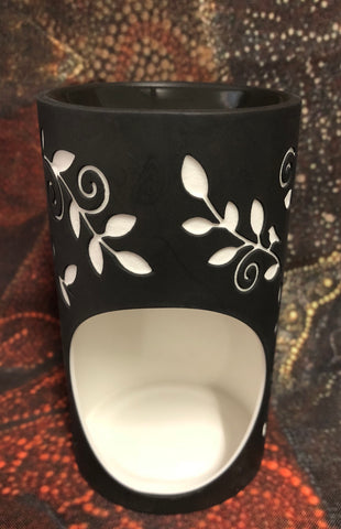 Leaves oil burner with tea light - Oils & More By Jodie