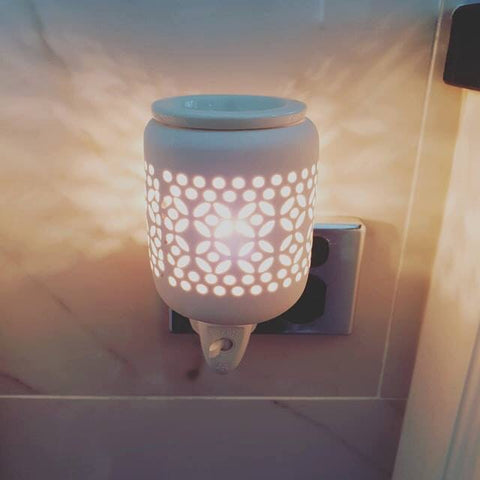 White plug in warmer - Oils & More By Jodie