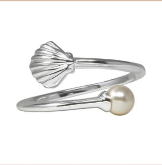 Shell with Crystal Pearl Ring Wrap