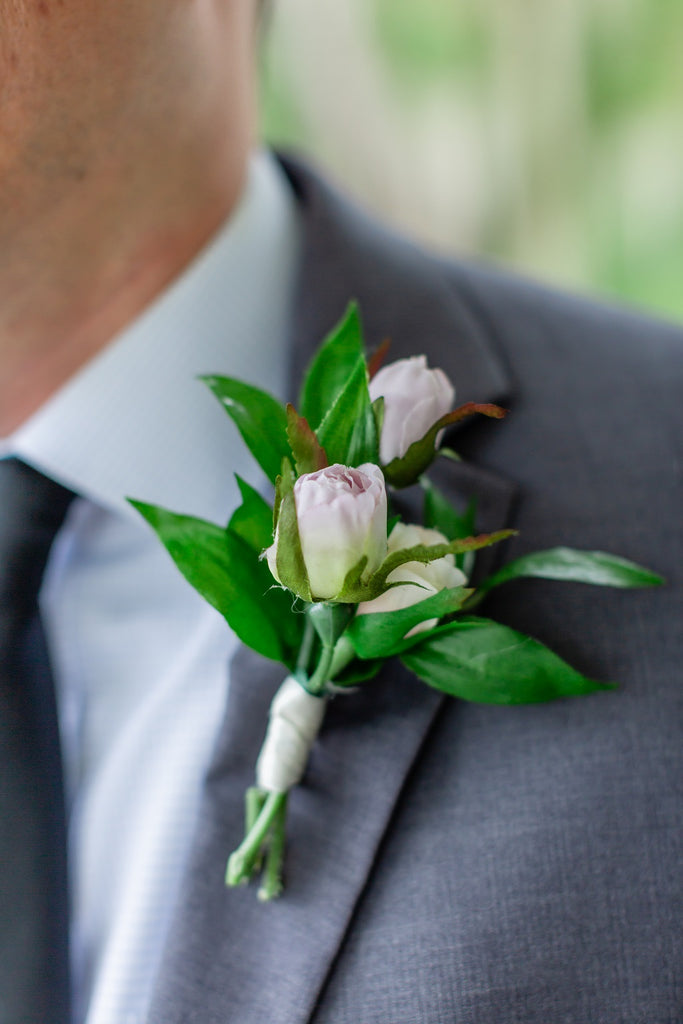 Pasadena Collection - Boutonniere