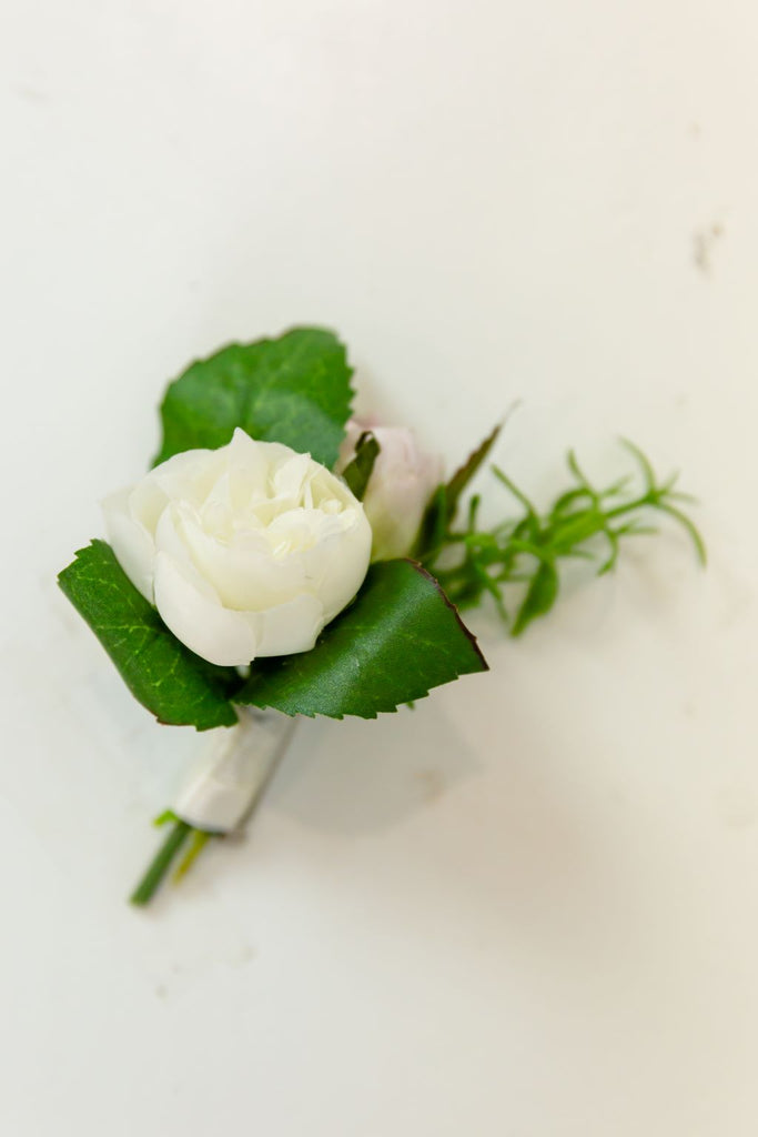 Venetian Collection - Lavender - Boutonniere