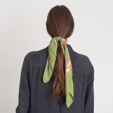 Load image into Gallery viewer, Green Caucasus Scarf