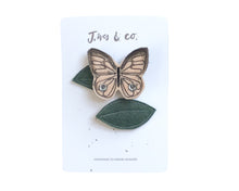 Load image into Gallery viewer, Blush Butterfly + Leaf Clips