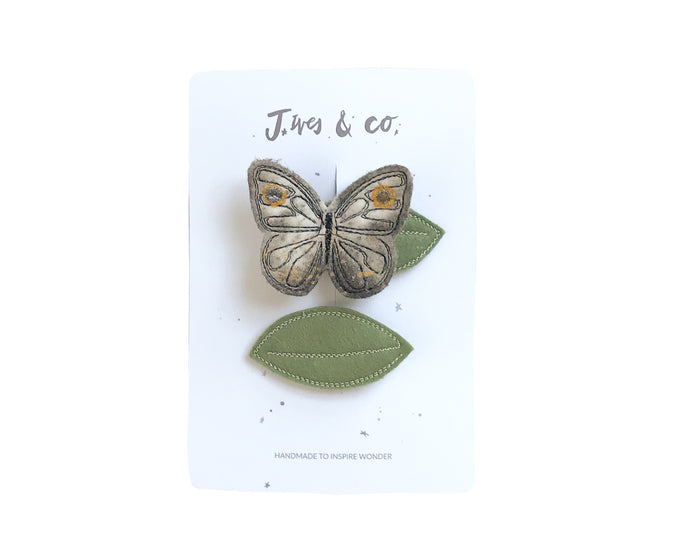 Gold Luna Moth + Leaf Clips