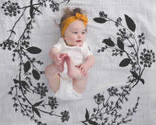 Load image into Gallery viewer, Organic Cotton Swaddle - Garland (WH) - Baby Jives Co