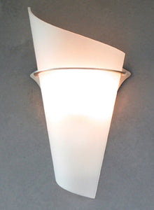 Curled Glass Sconce