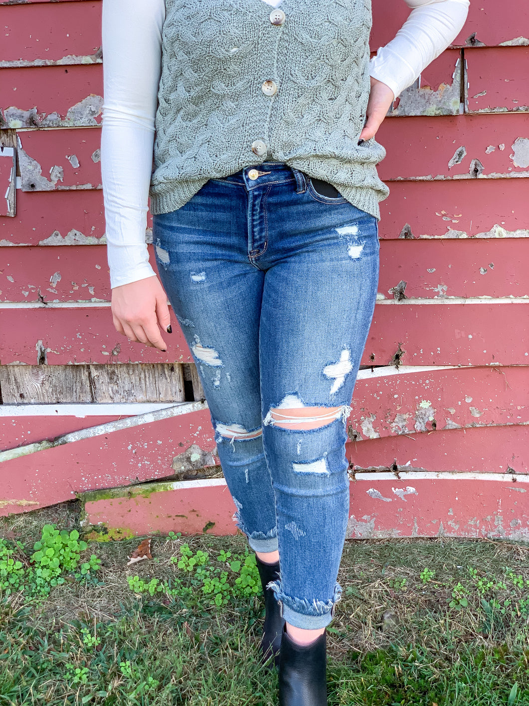 Zig zag mid rise jeans