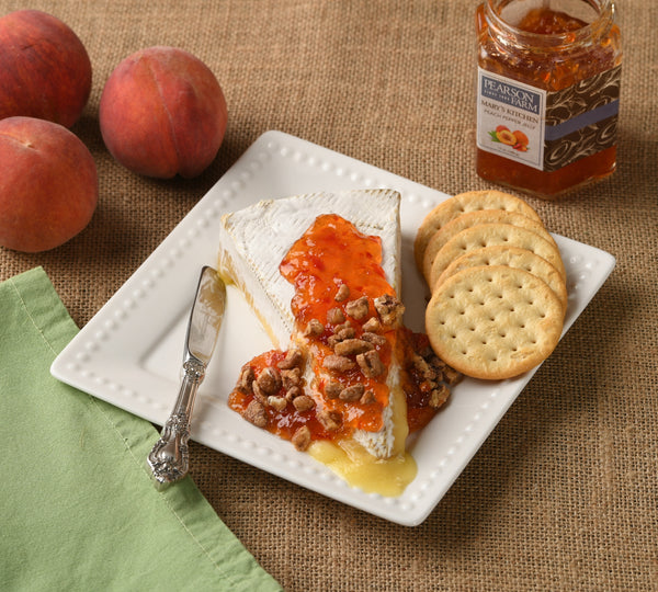 Baked Brie with Maple Pecan Crumbles and Peach Pepper Jelly