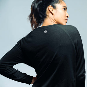REAR HURDLES WOMEN'S SWEATSHIRT