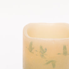 Load image into Gallery viewer, wild geese flameless candle close up - the sage haven, ireland