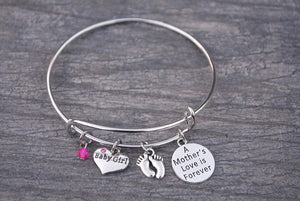 Mom Bracelet, Mom Daughter Charm Bracelet, Mother Bracelet Makes the Perfect New Mom Gift, Baby Shower Gift or Baby Gift