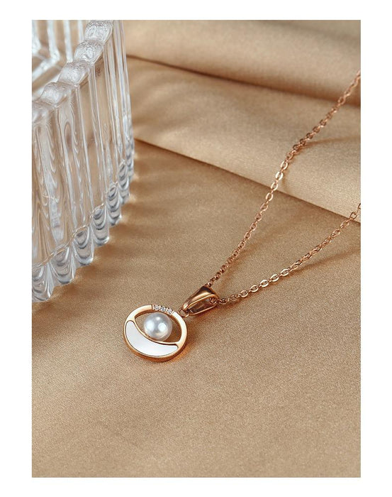 Women Chain Necklace Rose Gold Pearl Shell Clavicle Chain Stainless Steel Design  Necklaces Fashion Jewelry