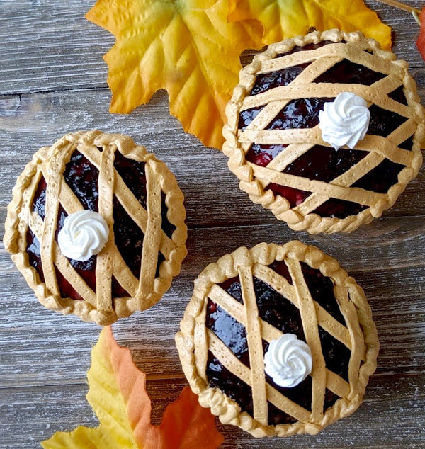 Autumn Blackberry Pie Cupcake