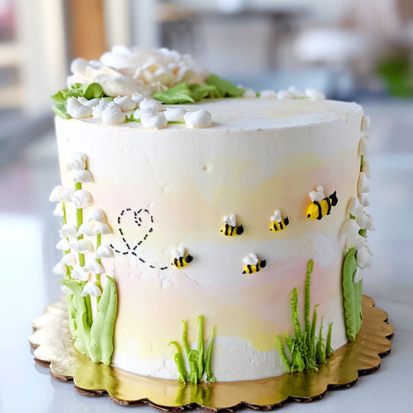 Mother's Day Queen Bee Cake