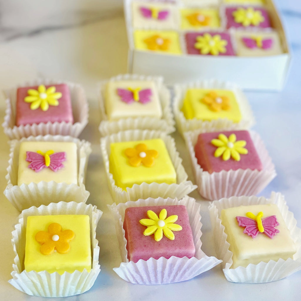 Butterflies and Daisies Tea Cakes
