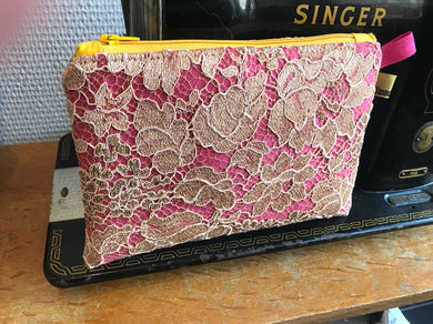 Trousse Dentelle BEIGE/ROSE Lace Clutch Bag