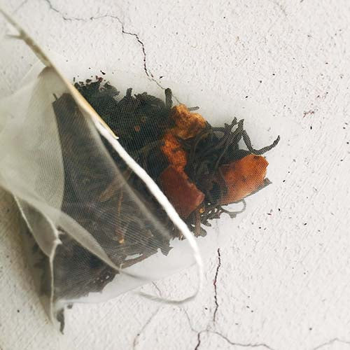 organic apple black tea bag