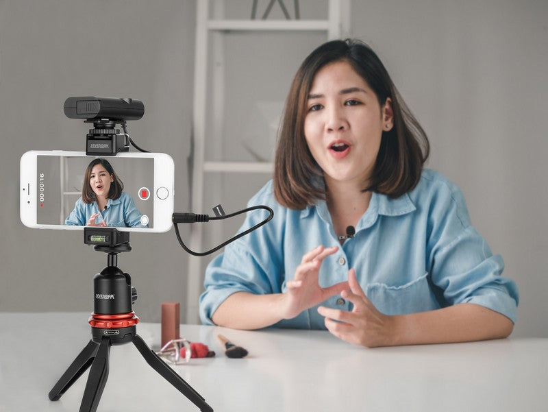 Stream Source BOYA BY-WM4 Pro Dual-Channel Digital Wireless Microphone for camera smartphone filming interview