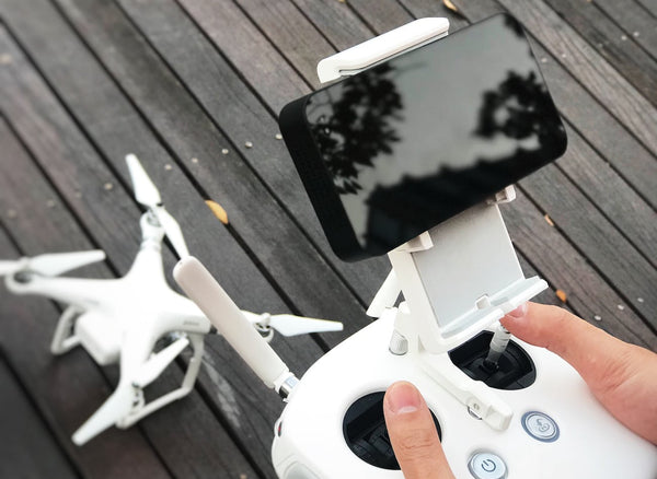 YoloLiv YoloBox The Portable Live Stream Studio Why we need YoloBox overview high compatibility with drone