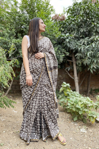 chanderi blockprint brown sari