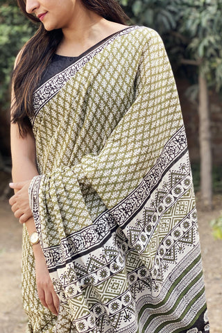 Green Bagru Print Cotton Saree