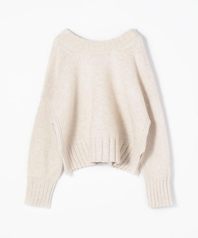 Women's Knits and Sweaters
